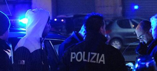 Orrore a Roma, trovate gambe di donna in un cassonetto