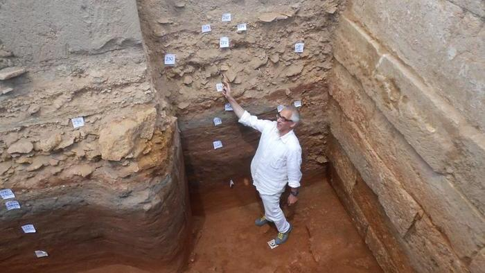 Castelvetrano. Fondamenta del tempio C, scoperte a Selinunte