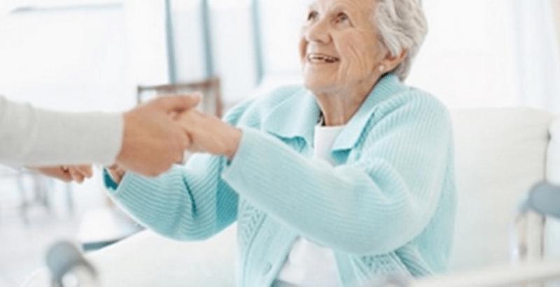 Campobello. Anziani non autosufficienti: Sostegno economico per le famiglie che li assistono