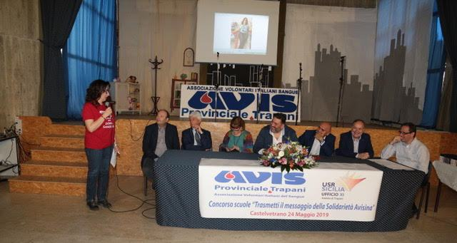 """Castelvetrano. """"Trasmetti il messaggio della Solidarietà Avisina"""": premiate le scuole della provincia"""