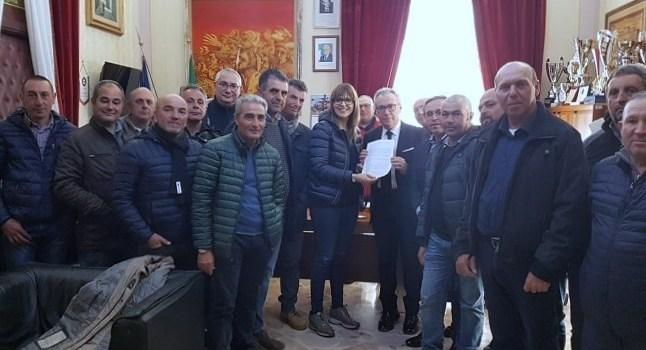 Partanna, il sindaco incontra i lavoratori forestali e i sindacati di categoria