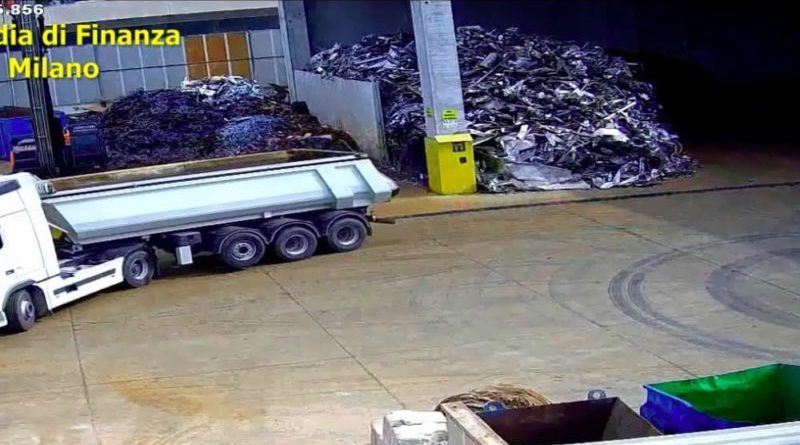 Milano. Camion vuoti e rifiuti spariti, la maxi truffa da 56 milioni di euro