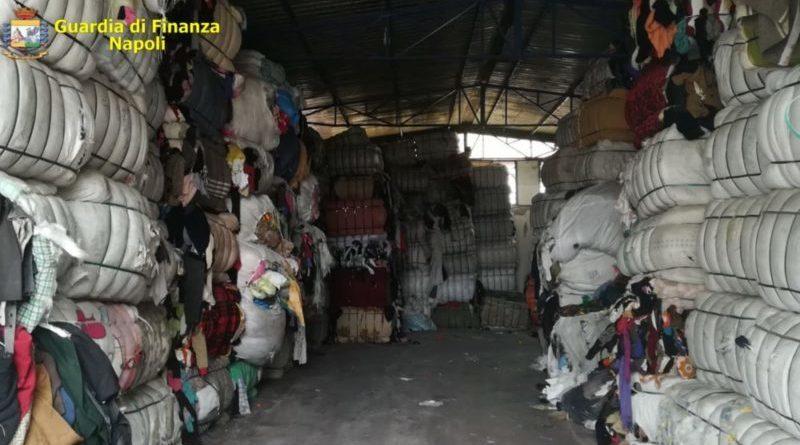 Napoli. Traffico illecito di rifiuti: eseguite 17 misure cautelari personali. Sequestrate 12.000 tonnellate di rifiuti speciali non pericolosi
