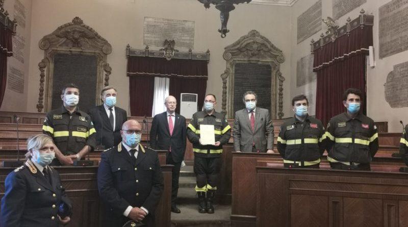Palermo. Riconoscimenti ad Agenti polizia e vigili del fuoco intervenuti per alluvione, la Tessera Preziosa del Mosaico Palermo
