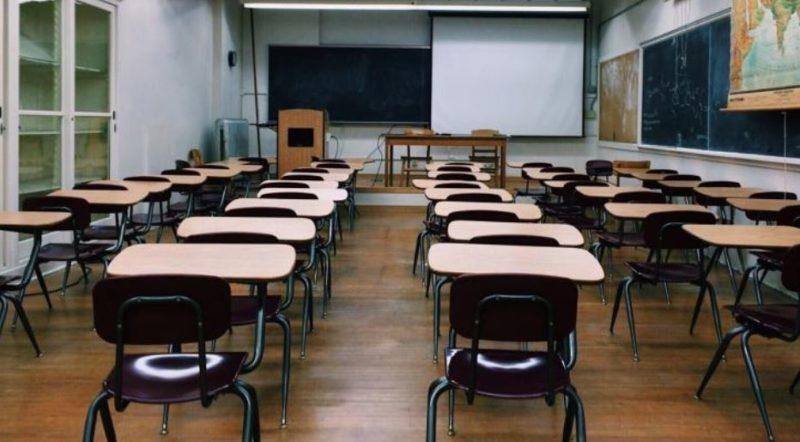 Scuola, al via da domani il concorso straordinario  per la secondaria: 32mila i posti a bando