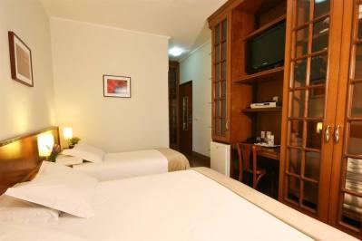Detalhe Apartamento Triplo - Pousada Campos de Provence