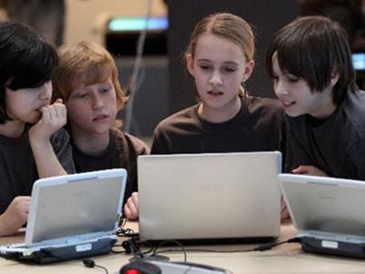 crianças-computador-hg