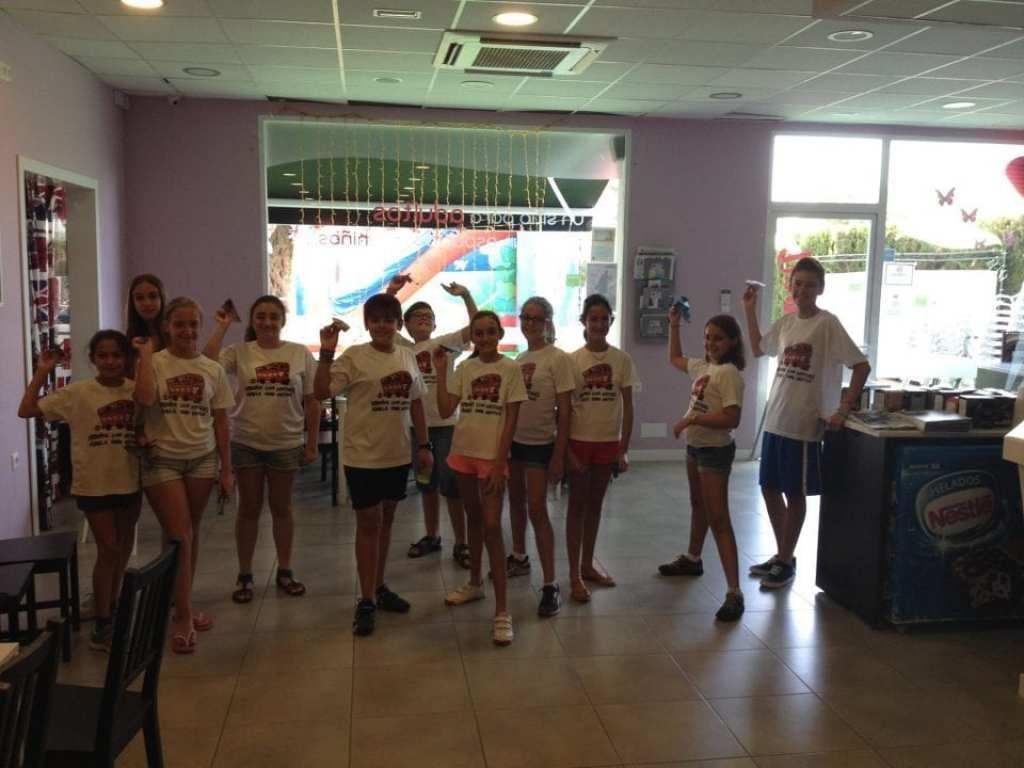 origami plane competition at summer camp 100% inglés en Alhaurin de la Torre