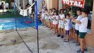 practicando con los arcos y flechas con pompitas al final