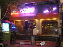 FC-Road-Pune-Shops-Apache-Fluid-Lounge
