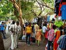 FC-Road-Pune-Shops-Street-Vendors-for-Shopping