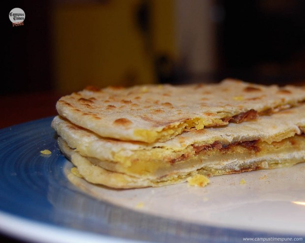 Puran-Poli-Marathi-Maharashtrian-Sweet-Dish-Made-in-Pune-city