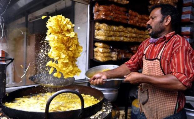 Hot-Banana-chips-shops-in-Pune