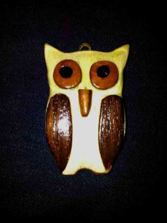 wood-carved-model-of-an-owl