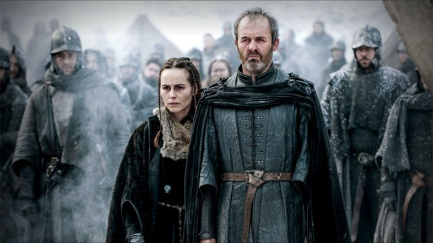 GoT-0509-Stannis-and-Selyse-watch-Shireen-Burn