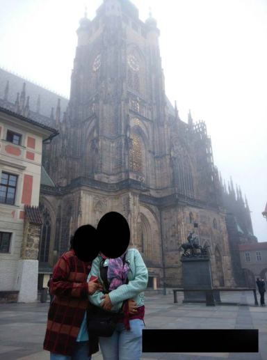 Things-Indian-Students-do-in-Foreign-countries-Prague