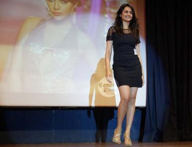 Fashion-show-in-Symbhav-2016-Symbiosis-Law-School-College-Fest