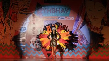 Hot-Girl-in-Symbhav-2016-Symbiosis-Law-School-College-Fest