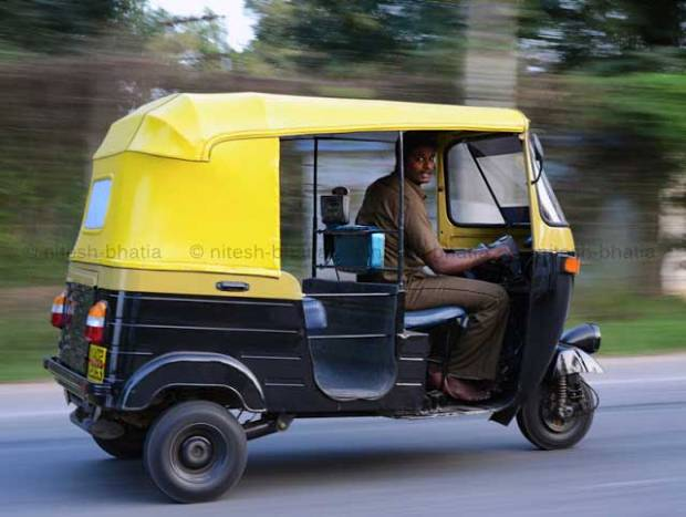 Misconceptions-About-Mumbai-autowala-fly