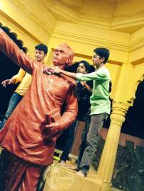 Statue-Cleaning-Campaign-by-Elixir-Foundation-Pune3
