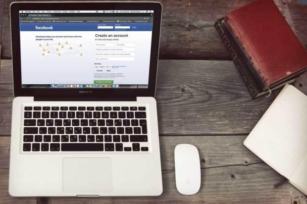 facebook-on-macbook-mockup