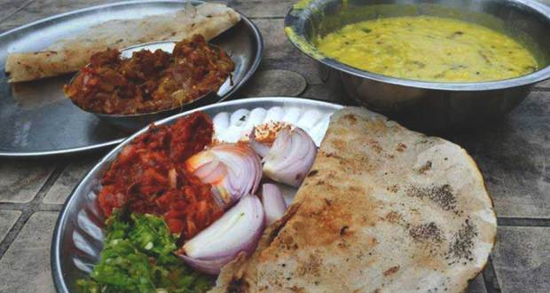 best-eateries-in-pune-local-delicacies
