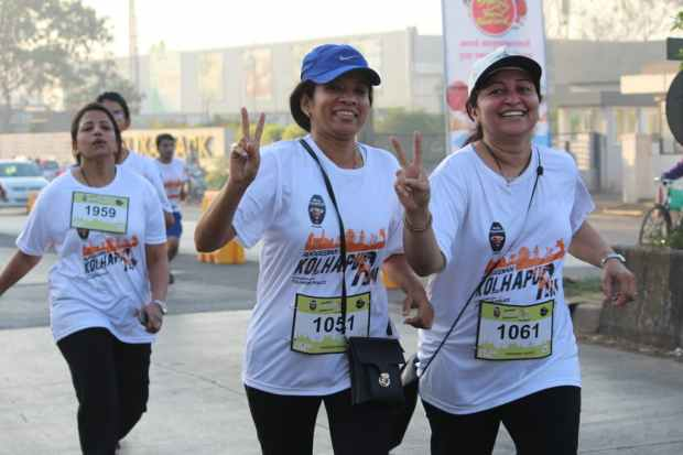 women-running-at -Ruggedian_Kolhapur_run