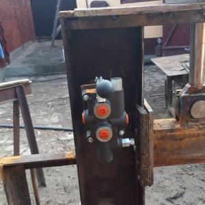Distribuitor hidraulic despicator