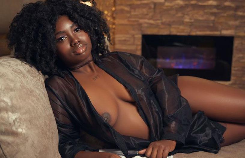 passionate ebony camgirl gabrielawagner