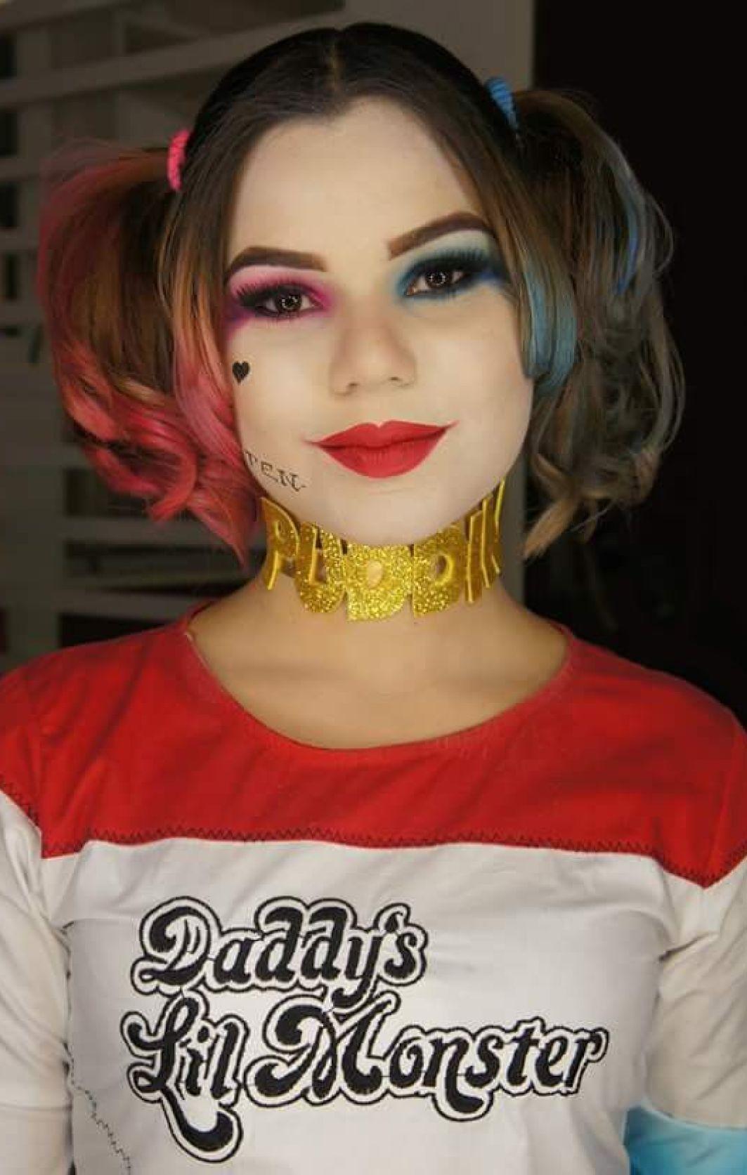 Camgirl Ellen Alvez cosplay