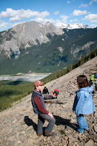 View from the Mount Stephen fossil bed on a Burgess Shale hike © Parks Canada