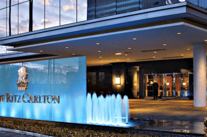 Ritz-Carlton hotel, Toronto