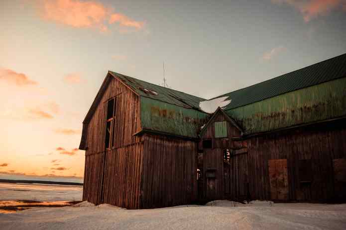 Old Farmhouse in Canada for Rural Northern Immigration