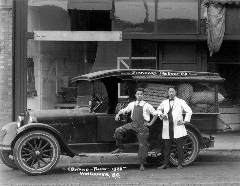 Standard Produce truck and workers 1926 - Original