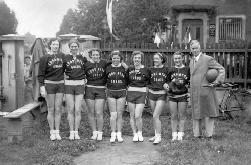 Edmonton Grads 1936 - Original Photograph