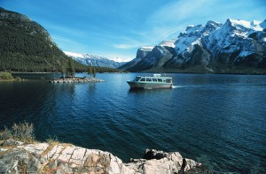 Explore beautiful Lake Minnewanka with a interpretive boat tour.