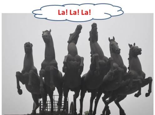 Singing Horses ?