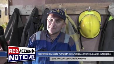 Photo of Redacción Noticias    LUIS SARAZA CUERPO DE BOMBEROS-PAPA NOEL EN EL CAMION AUTOBOMBA POR BARRIOS DE LAS HERAS SANTA CRUZ