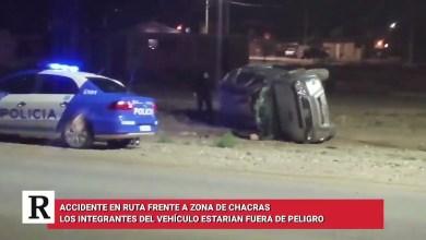 Photo of Redacción Noticias |  Accidente en ruta 43 en la curva frente a zona de chacras, los tripulantes están fuera de peligro