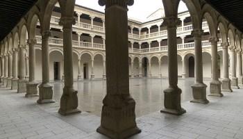 Resultado de imagen de el fantasma de la Escuela de Teatro y Danza de Olivenza