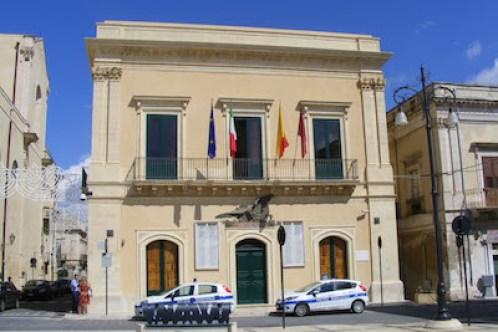Il sindaco di Rosolini incatasciato aderisce a Italia Viva