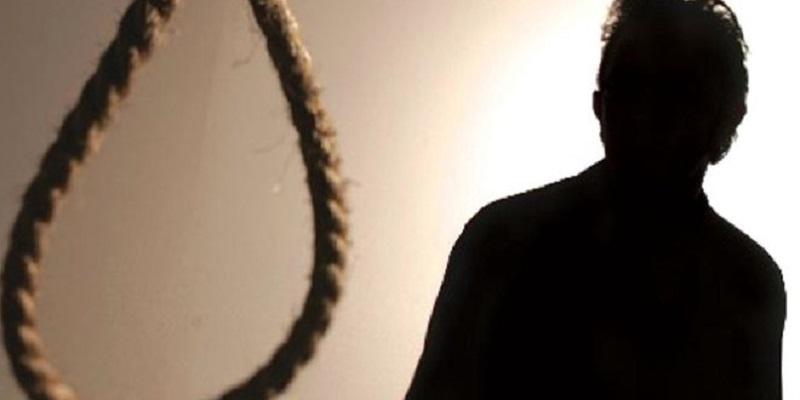 15enne si toglie la vita impiccandosi, indagini in corso