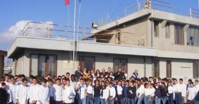 Battesimo a mare degli studenti del Rizza