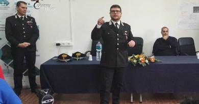 I carabinieri incontrano gli studenti del Cirs