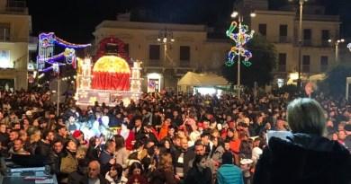 Avola, domani gran finale del Carnevale con Simona Ventura