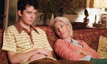 El tráiler de Sex Education con Gillian Anderson y Asa Butterfield
