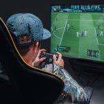 """Inscribete en el Campeonato gratuito de FIFA """"Red Bull Lola 12"""""""