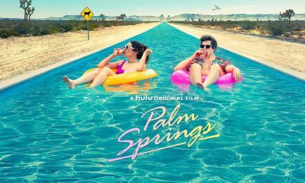 [Reseña] «Palm Springs»: Una refrescante y disfrutable historia