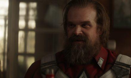El Guardián Rojo (DAVID HARBOUR) Habló con Canal Freak