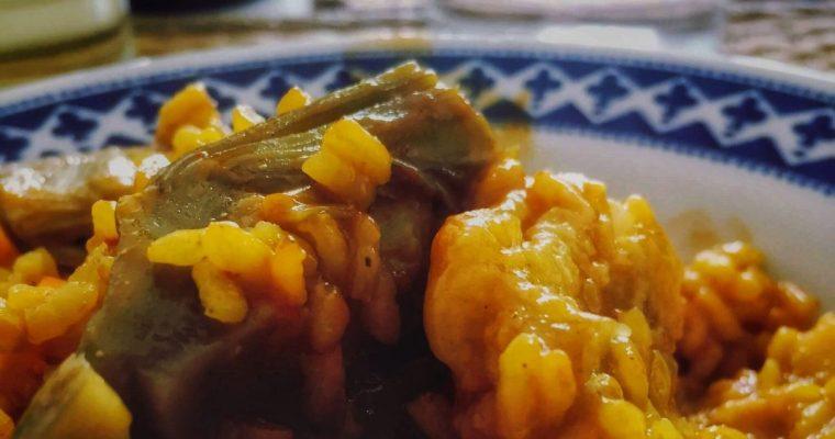 Arroz con bacalao y alcachofas